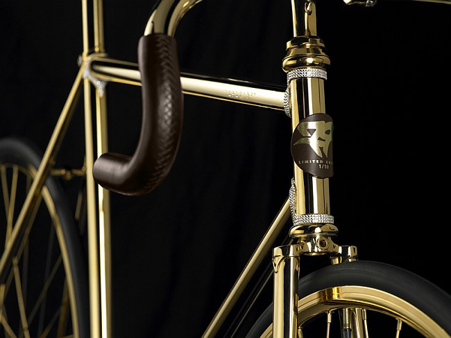 1221162538_gold-bike-front_5784