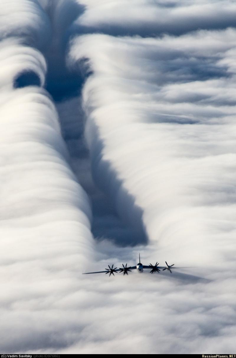 В небесном океане / Фото дня