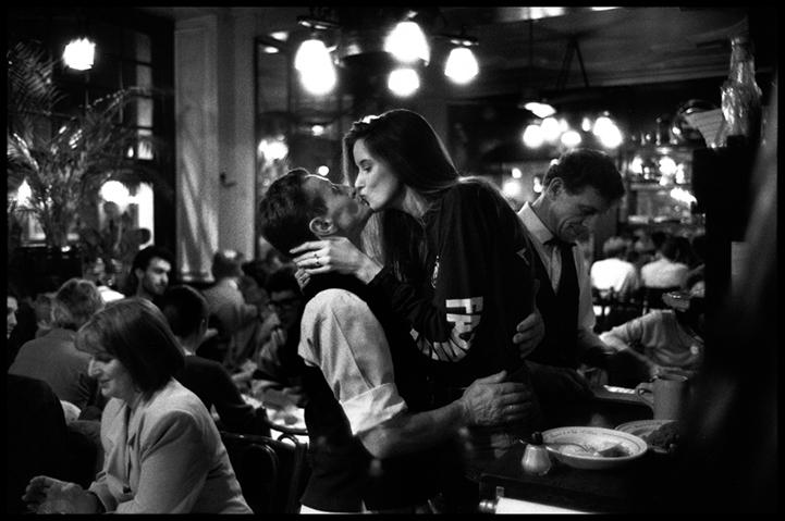 Романтика Парижа в работах Питера Тернли