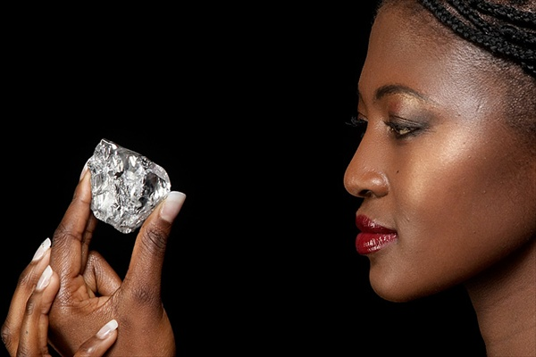 На территории южноафриканского королевства Лесото был обнаружен сверхкрупный алмаз весом в 478 карат