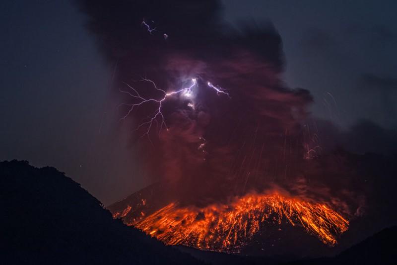 izverzhenie-vulkana-2