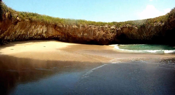 hidden-beach-marietas-islands-puerto-vallarta-mexico-9