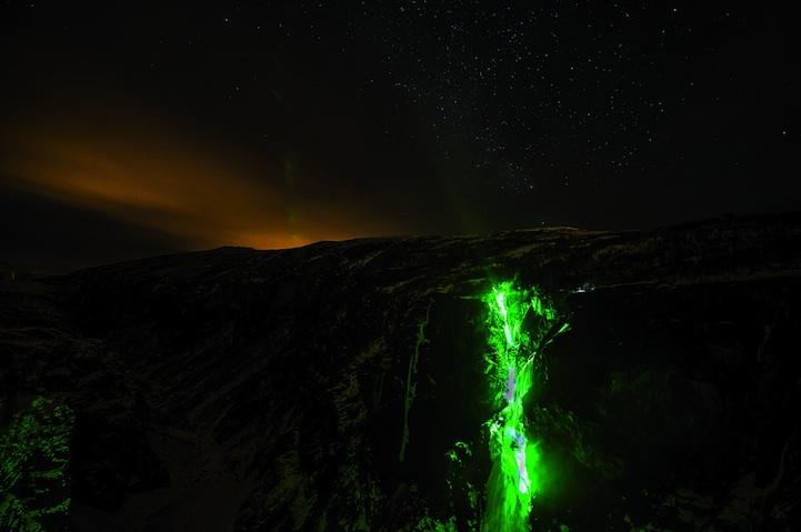 Новогодние сосульки и замерзшие водопады