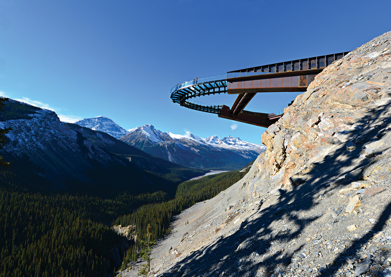 glacier-skywalk-jasper-nationa-park-alberta-canada