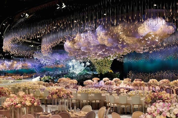 Невероятное свадебное небо