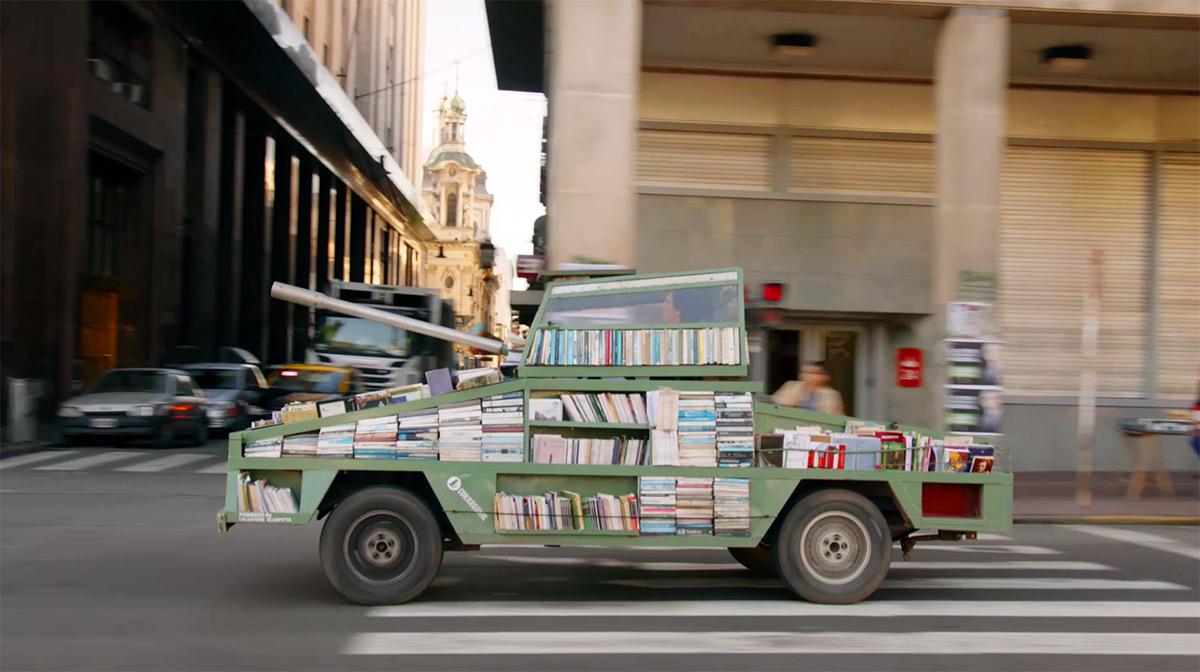 Книготанк — оружие массового обучения