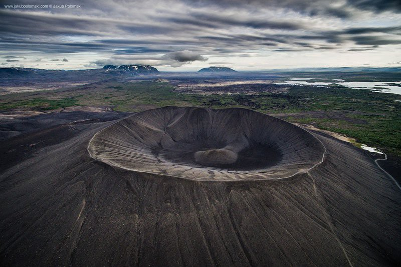 iceland-aerial-photos-by-jakob-polomski-19