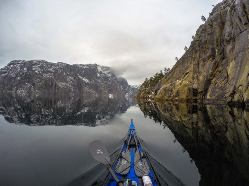 The-Zen-of-Kayaking-I-photograph-the-fjords-of-Norway-from-the-kayak-seat5__880